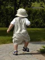 baby walks